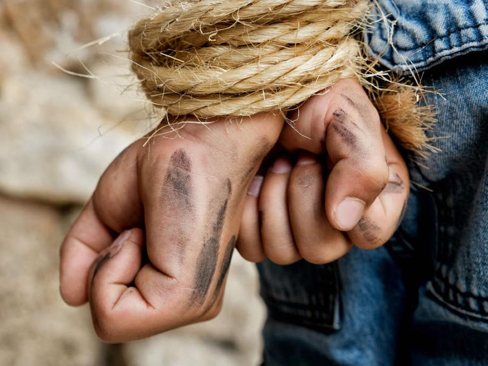 Imagem de Caminhoneiro é sequestrado e abandonado na zona rural de Rio Verde