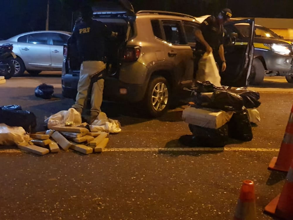 Imagem de PRF prende quatro pessoas por tráfico de drogas em Rio Verde