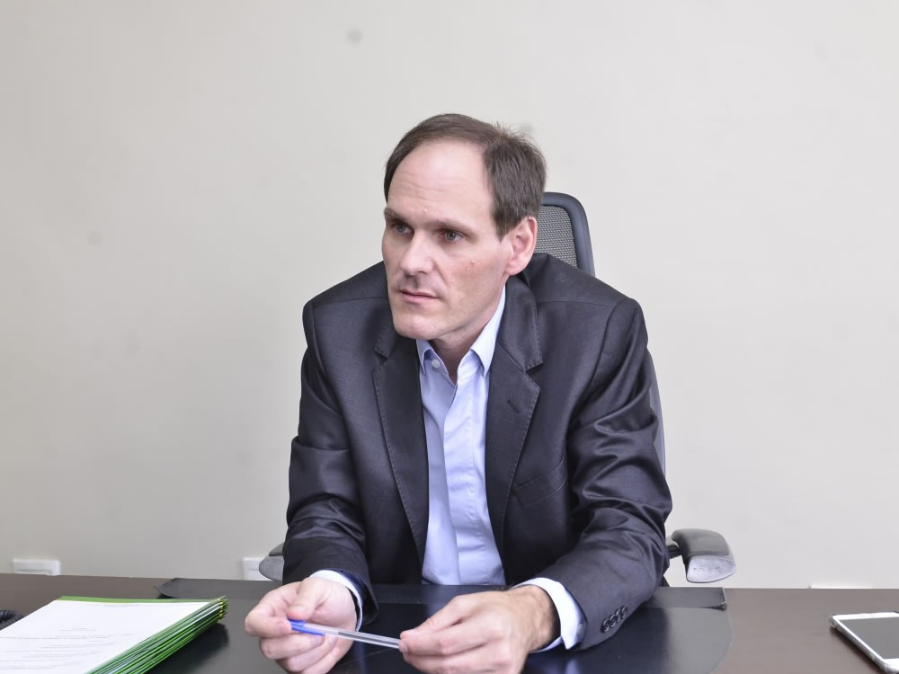Imagem de Lissauer afirma que não está enfrentando o Governo