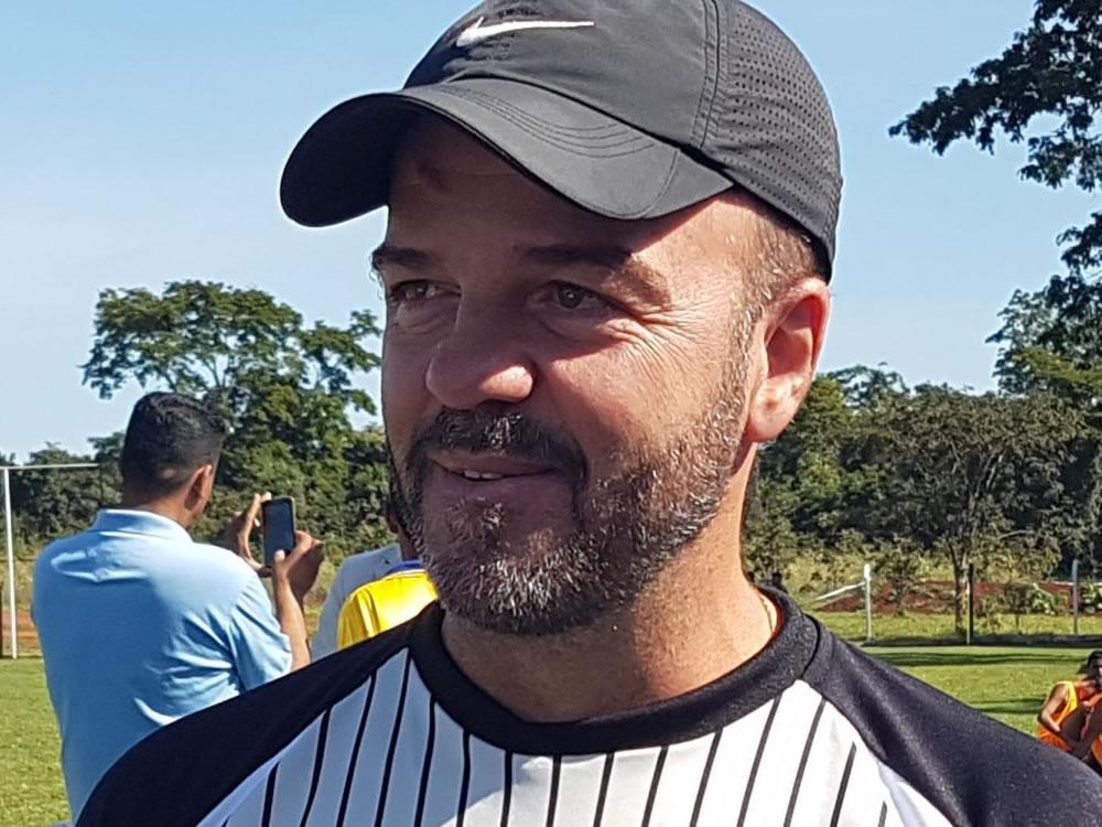 Imagem de Aparecida anuncia novo treinador