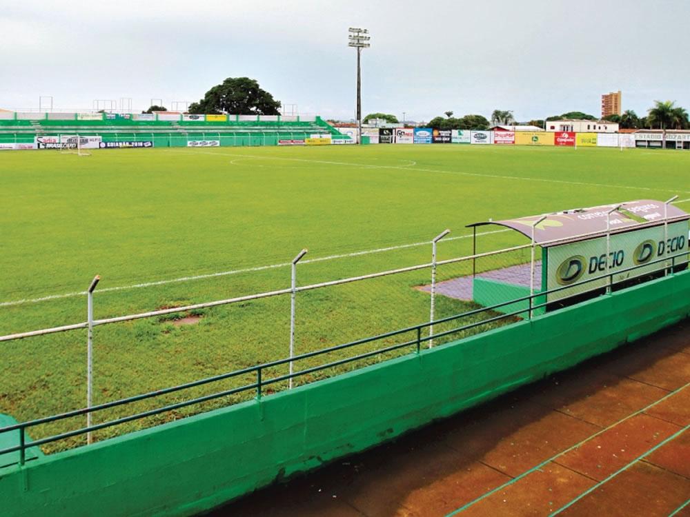 Imagem de Estádio Mozart Veloso do Carmo é interditado e times da cidade estão sem local para mandar as partidas
