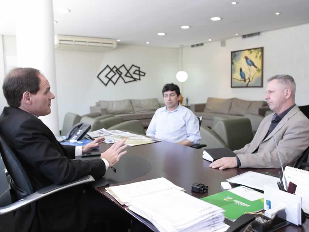 Imagem de Lissauer e Chico KGL discutem viabilização de mais um Colégio Militar em Rio Verde