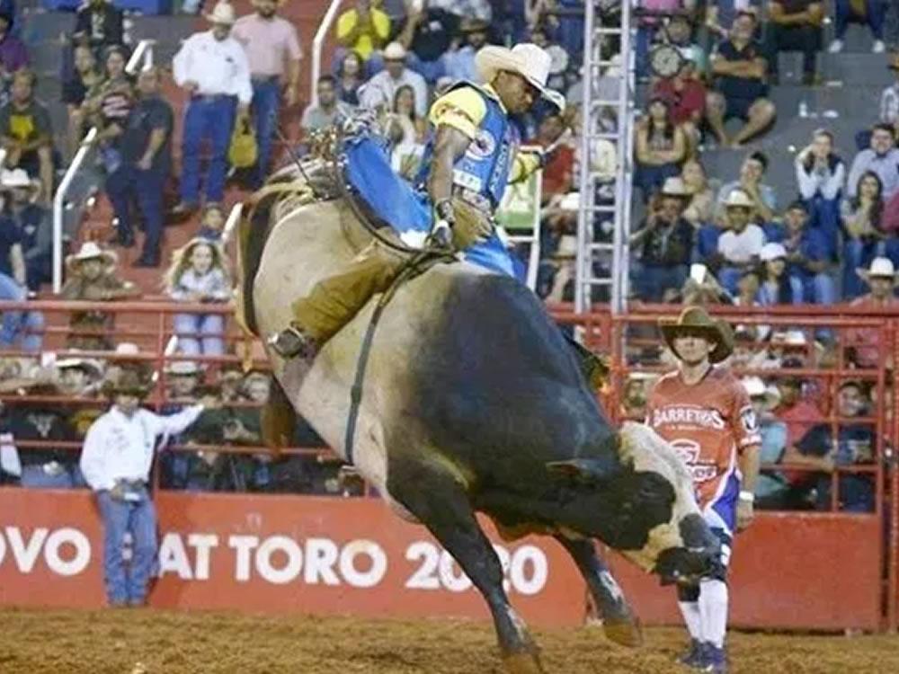 Imagem de Goiano vence prova de montaria em Barretos