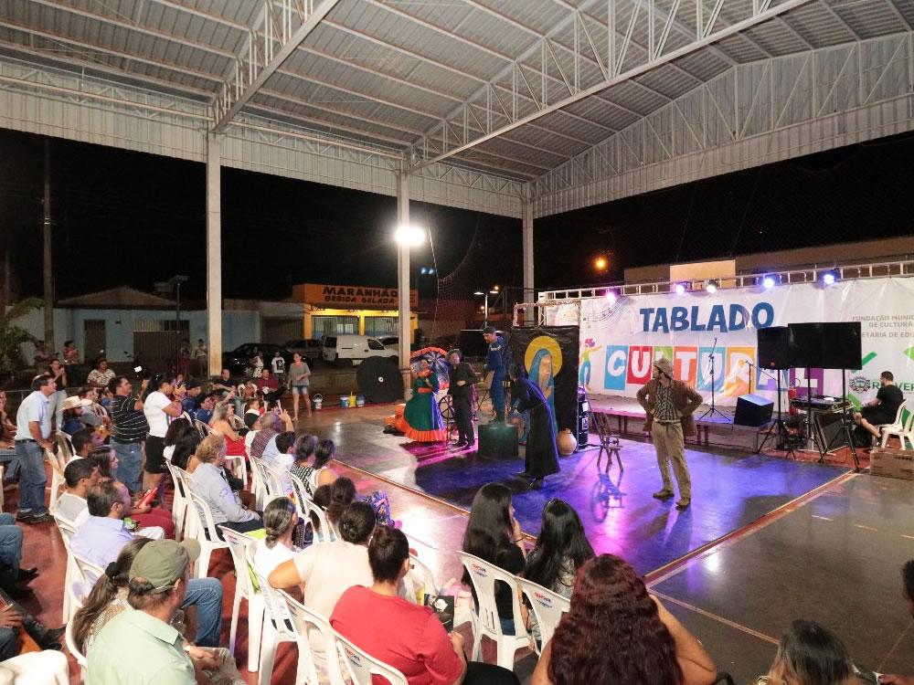 Imagem de Bairro Céu Azul recebeu 'Tablado Cultural'