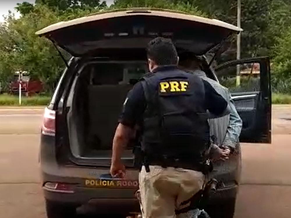 Imagem de Estudante é preso transportando maconha na BR-364