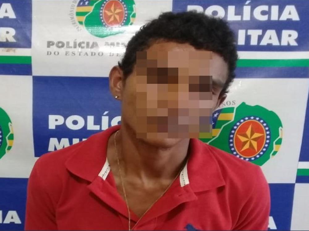 Imagem de Procurado por latrocínio é preso pela PM