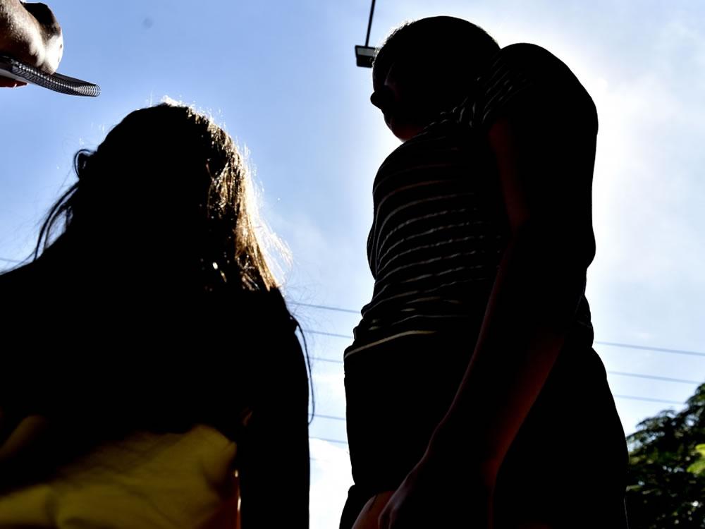 Imagem de Mulher e filho são vítimas de assalto em sua residência, em Rio Verde