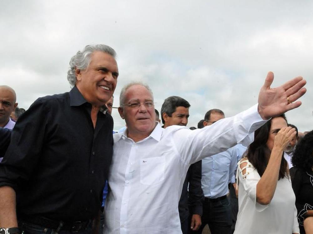 Imagem de Caiado condecorará prefeitos do MDB que foram expulsos por apoiá-lo em 2018