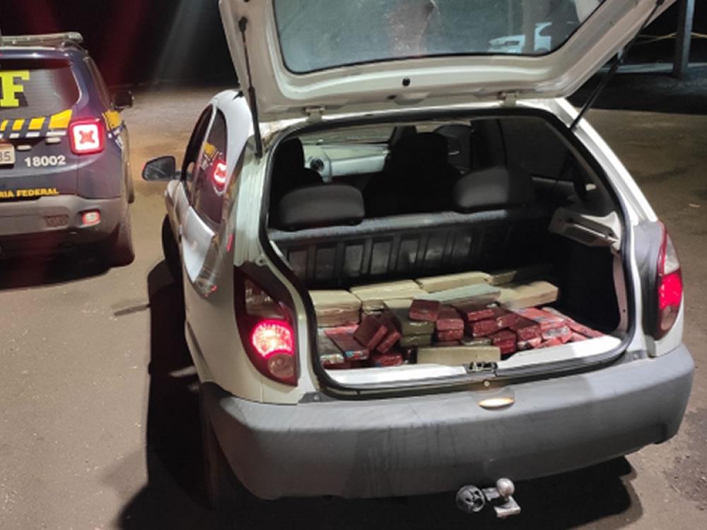 Imagem de Motorista de aplicativo preso ao transportar droga em Rio Verde